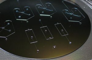 SU-8 photolithography hot plate for SU-8 photoresist mold baking - silicon wafer with microfluidic chip from RSC T.Liu-EV Moiseeva and CK Harnett